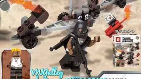 Décapitation, kalashnikov... Des Lego contrefaits à l'effigie de Daesh font scandale à Singapour