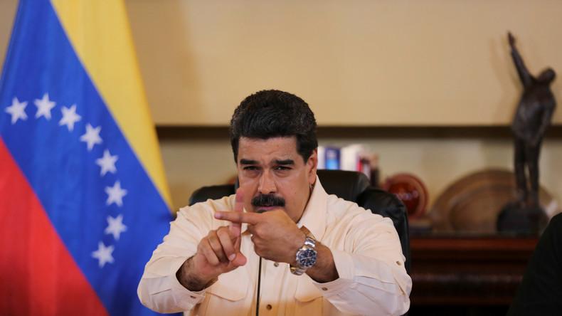 «Qui est le dictateur ?» : Nicolas Maduro torpille Mariano Rajoy pour la répression en Catalogne
