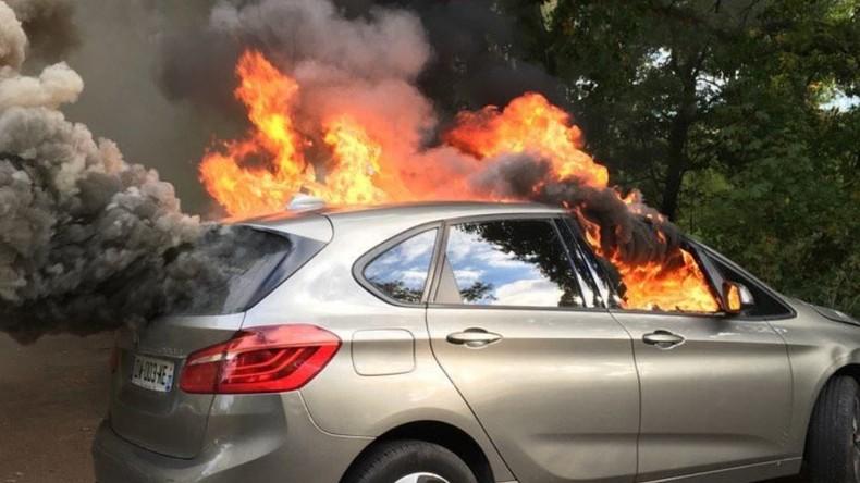 opération «chasse aux drh» : débordements et voitures brûlées au