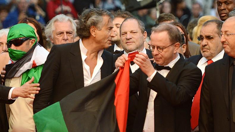 Bernard-Henri Levy en compagnie d'Harvey Weinstein à Cannes en 2012 pour la présentation de son film, «Le Serment de Tobrouk».