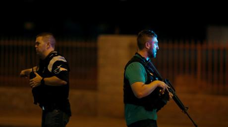 Policiers armés le soir de l'attaque de Las Vegas.