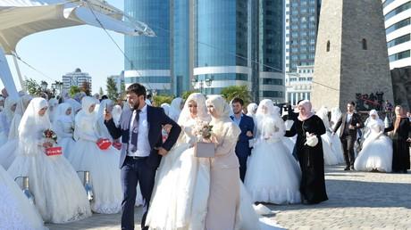 Mariage géant en Tchétchénie : 199 couples se disent oui en même temps