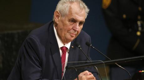 CriméeetKosovo:le président tchèque dénonce les «doubles standards»des nations occidentales