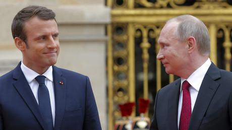 Emmanuel Macron et Vladimir Poutine à Versailles pendant la visite du président russe en France, le 29 mai 2017