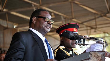 Le président du Malawi, Peter Mutharika, après son élection en juin 2014.