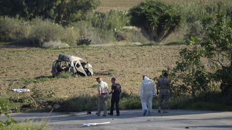Restes de la voiture où se trouvait Daphne Caruana Galizia