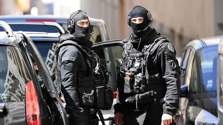 Des policiers des forces d'intervention antiterroristes