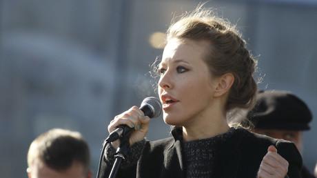 Ksenia Sobchak lors d'un rassemblement d'opposants en 2012
