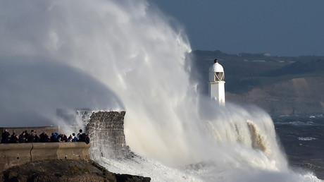 Ophelia, la tempête la plus puissante jamais observée au pays de Galles