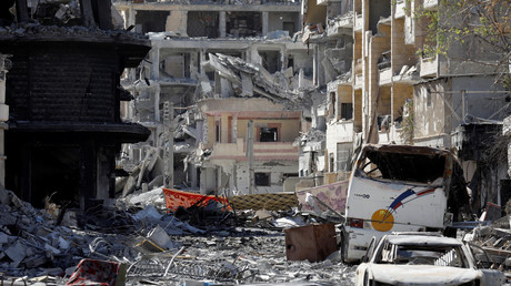 Le centre cille de Raqqa en ruine après les bombardements de la coalition, le 18 octobre