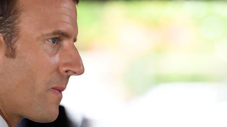 Surpopulation carcérale : Macron veut promouvoir les travaux d'intérêt général plutôt que la prison