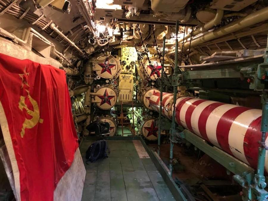 Mais pourquoi un sous-marin soviétique de la guerre froide a resurgi dans une rivière anglaise ?