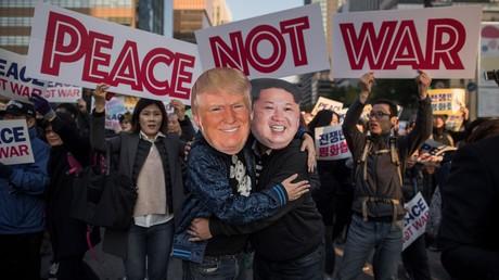 Des Sud-Coréens manifestant le 5 novembre à Séoul contre la venue de Donald Trump.