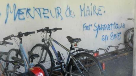 Un des graffitis postés par le député LREM de Rennes Mustapha Laabid