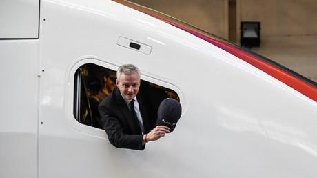 Bruno Le Maire à bord d'un TGV