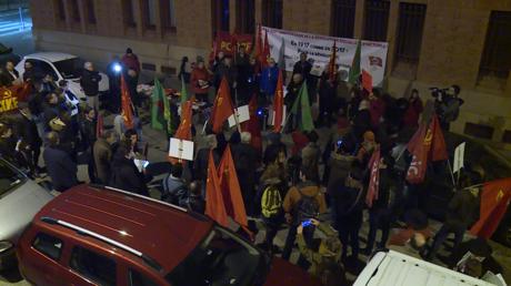 Rassemblement devant la demeure parisienne de Lénine pour célébrer le centenaire de la Révolution bolchevique