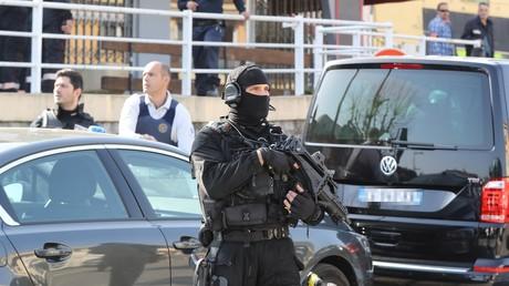 """Résultat de recherche d'images pour """"franco-suisse de djihadistes"""""""