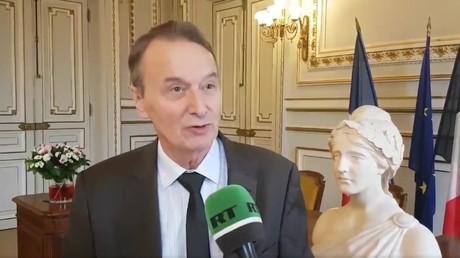 Le maire de Clichy «soulagé» après l'interdiction des prières de rue par le préfet (IMAGES)