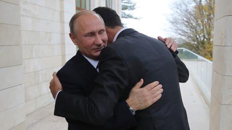 Vladimir Poutine rencontre Bachar el-Assad à Sotchi