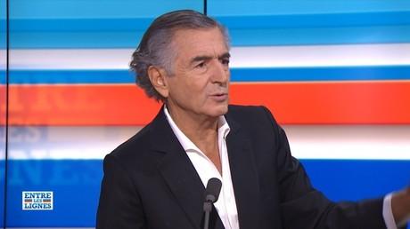 «Amitié à Frédéric» : quand Bernard-Henri Lévy relativise les accusations à l'encontre d'Haziza