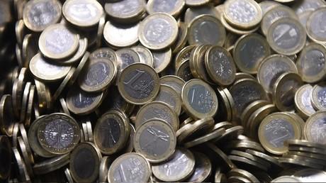 Huit présidents de départements proposent d'expérimenter le revenu universel