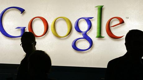 Contredisant Eric Schmidt, Google affirme ne pas vouloir déclasser les publications de RT