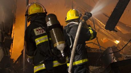 Violente explosion suivie d'un incendie dans le sud de Tel Aviv en Israël (VIDEO)