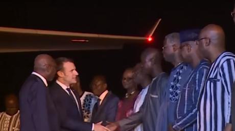 Visite d'Emmanuel Macron au Burkina Faso, première étape de son circuit africain