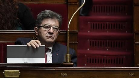 L'opposition à Emmanuel Macron promet de poursuivre la bataille sociale