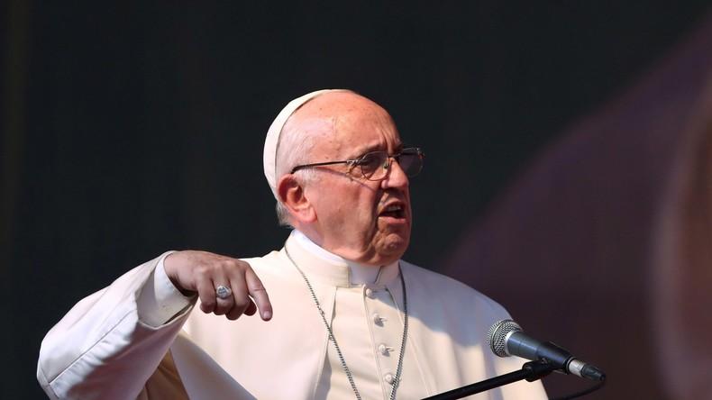 «Si tu commences à dialoguer avec Satan tu es perdu», le pape François met en garde contre le diable