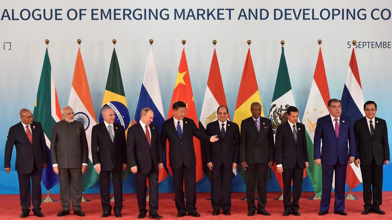 Vers la création d'une monnaie virtuelle commune aux BRICS et aux Etats de l'Union eurasienne ?