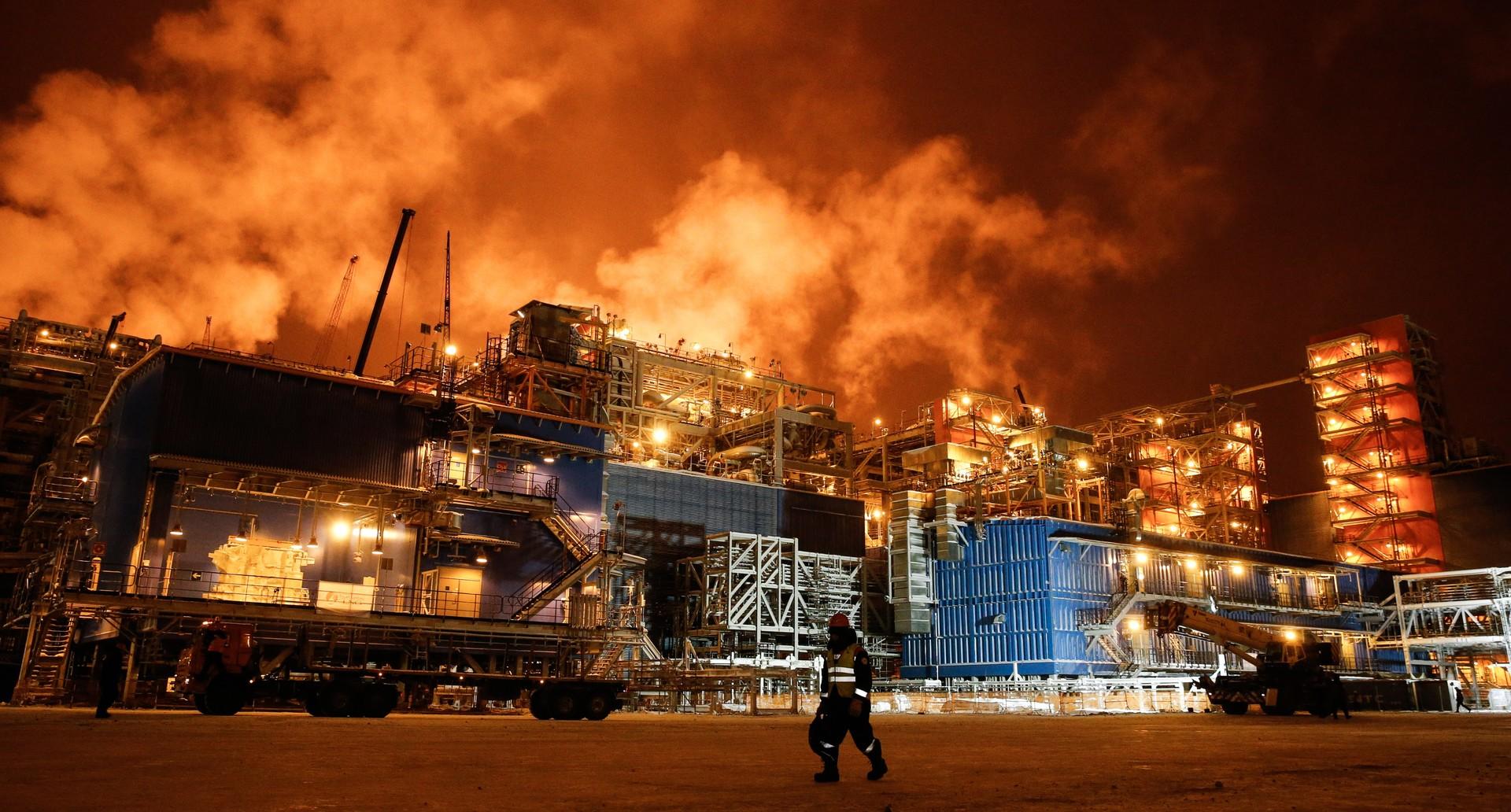 Poutine inaugure le site gazier de Yamal dans l'Arctique russe, avec Total et malgré les sanctions