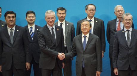 Le vice-premier ministre chinois Ma Kai et le ministre de l'Economie Bruno Le Maire