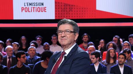 Jean-Luc Mélenchon sur le plateau de L'émission politique sur France 2, le 30 novembre