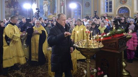 Vladimir Poutine célèbre les «valeurs traditionnelles» de la Russie au synode des évêques orthodoxes