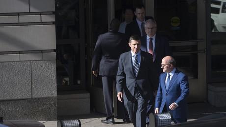 Michael Flynn quitte la cour fédérale ce 1er décembre 2017.