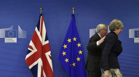 Theresa May et Jean-Claude Juncker