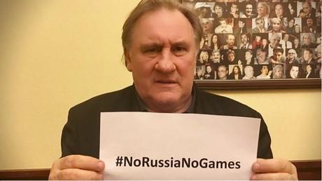 Gérard Depardieu s'est affiché sur Faceboook avec le hashtag #NoRussiaNoGames