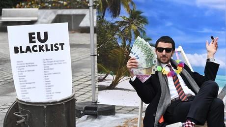 Que cache l'indignation affichée par Bruxelles contre l'évasion fiscale?