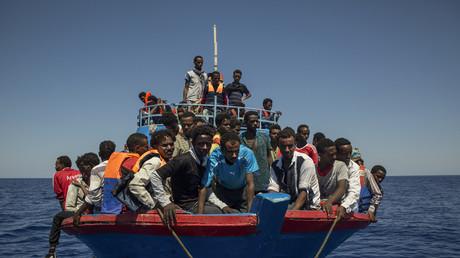 Migrants sauvés de la noyade en Méditerranée et rapatriés en Italie