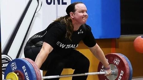 Transgenre, cette vice-championne du monde d'haltérophilie ne s'estime pas avantagée