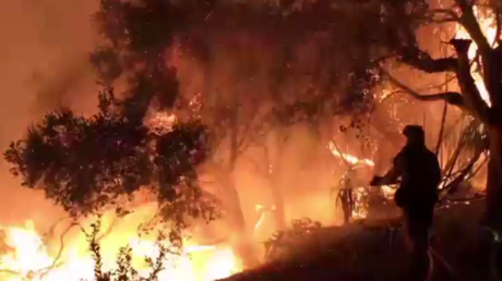 Californie : Santa Barbara toujours dans les flammes