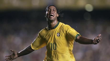 Ronaldinho en Bruno Domingos, sous le maillot de l'équipe nationale brésilienne.