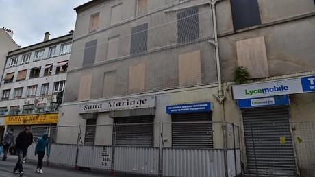 Assaut à Saint-Denis en 2015 : les propriétaires de l'appartement, dépourvus d'aides, témoignent