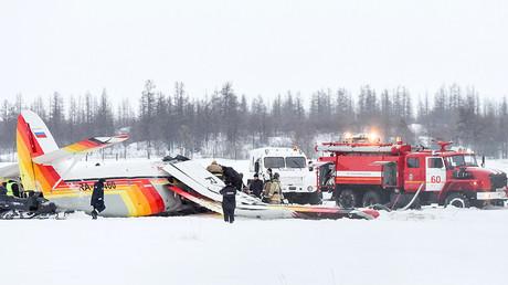 Crash mortel en Sibérie : un témoin filme l'instant où l'avion s'écrase (VIDEOS)
