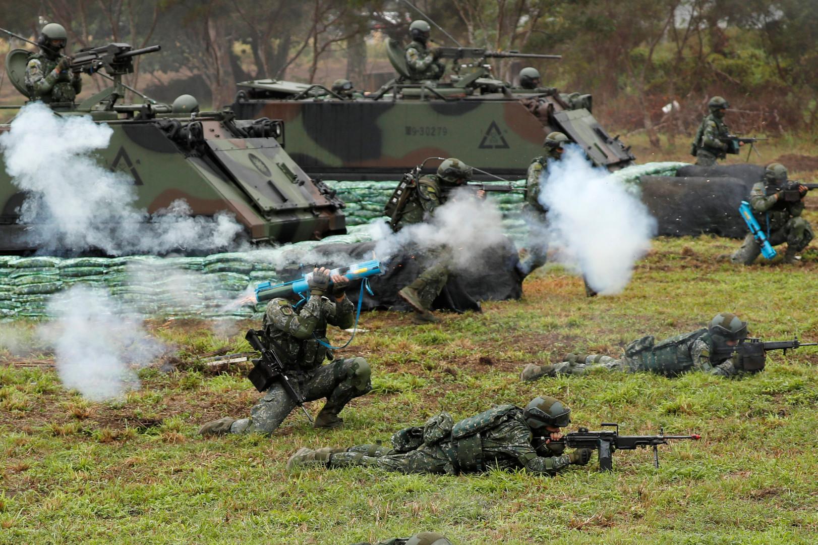 Pour se préparer à une invasion chinoise, Taïwan mène des exercices militaires à balles réelles