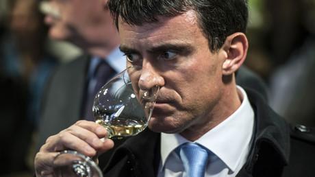 «J'attends une explication» : Valls outré d'illustrer un article des Inrocks... sur l'alcoolisme