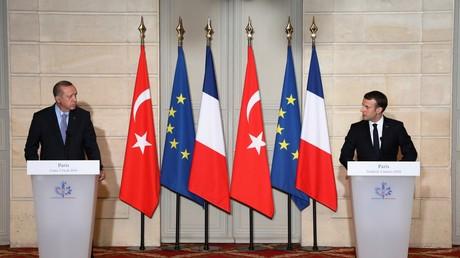 Les présidents turc et français, à Paris le 5 janvier 2018
