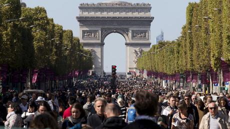Immigration : près de 50% des Français croient au «remplacement»