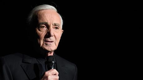 Charles Aznavour en concert en décembre 2017 à Paris.